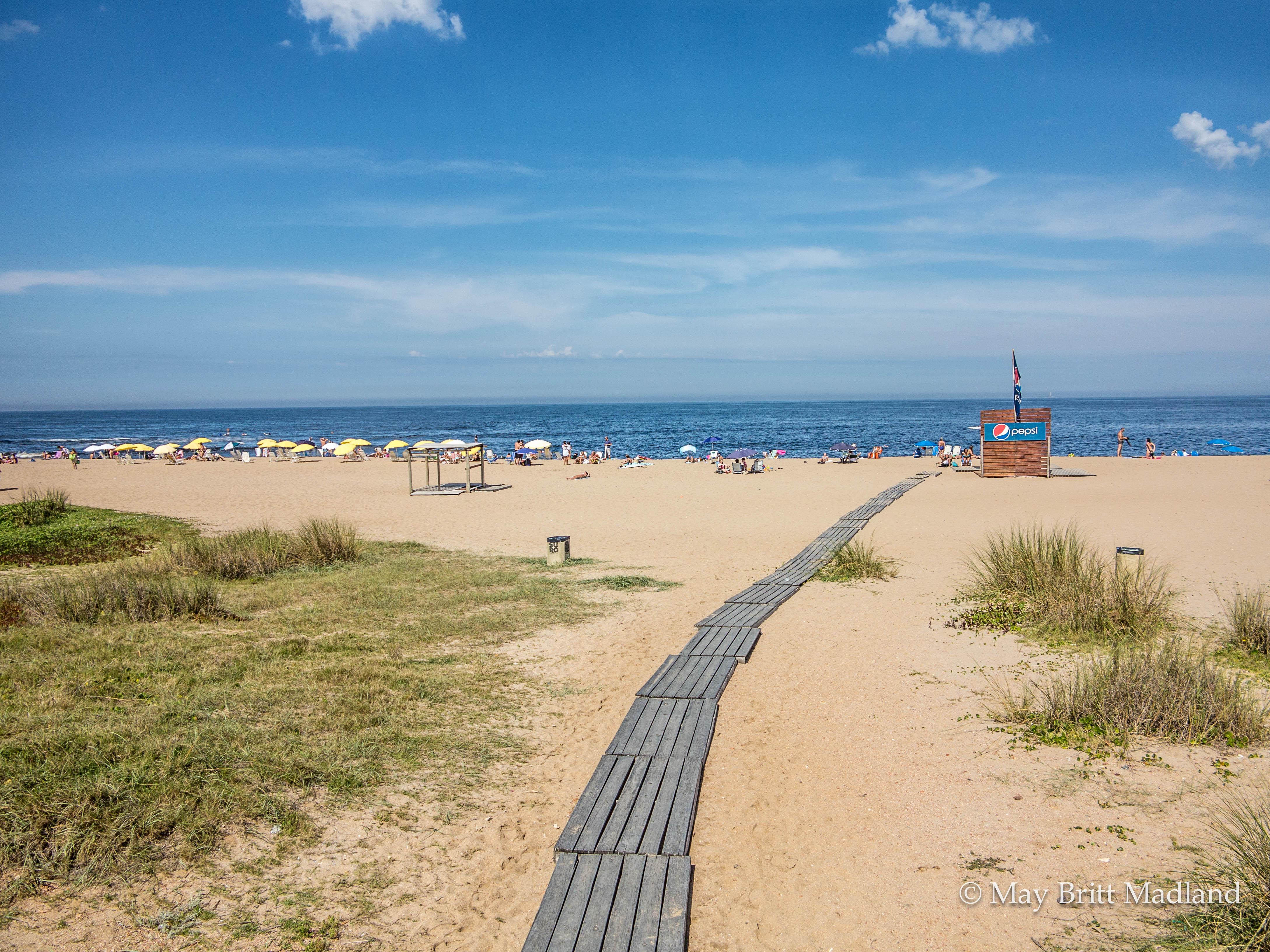 Bikini beach punta